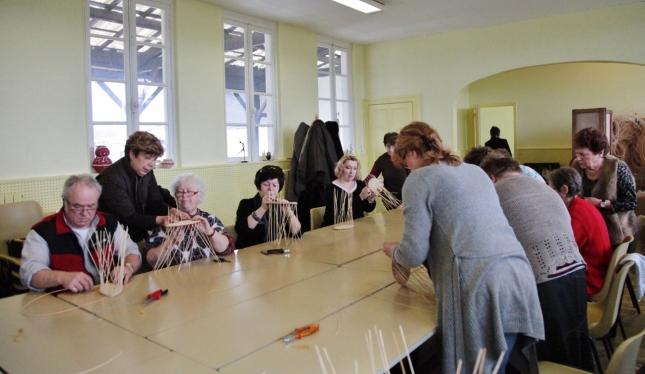 REVIN - AREL : Atelier vannerie avec le club de Gué d'Hossus